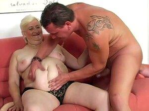 Grandma nackte Granny Nude