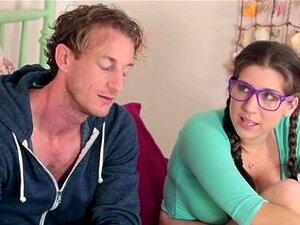 Film porno du tag : Pere met enceinte sa fille